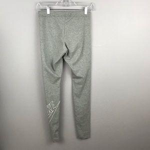 Nike Pants - Nike • Leggings